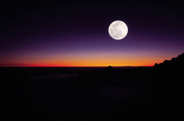 full-moon-rise